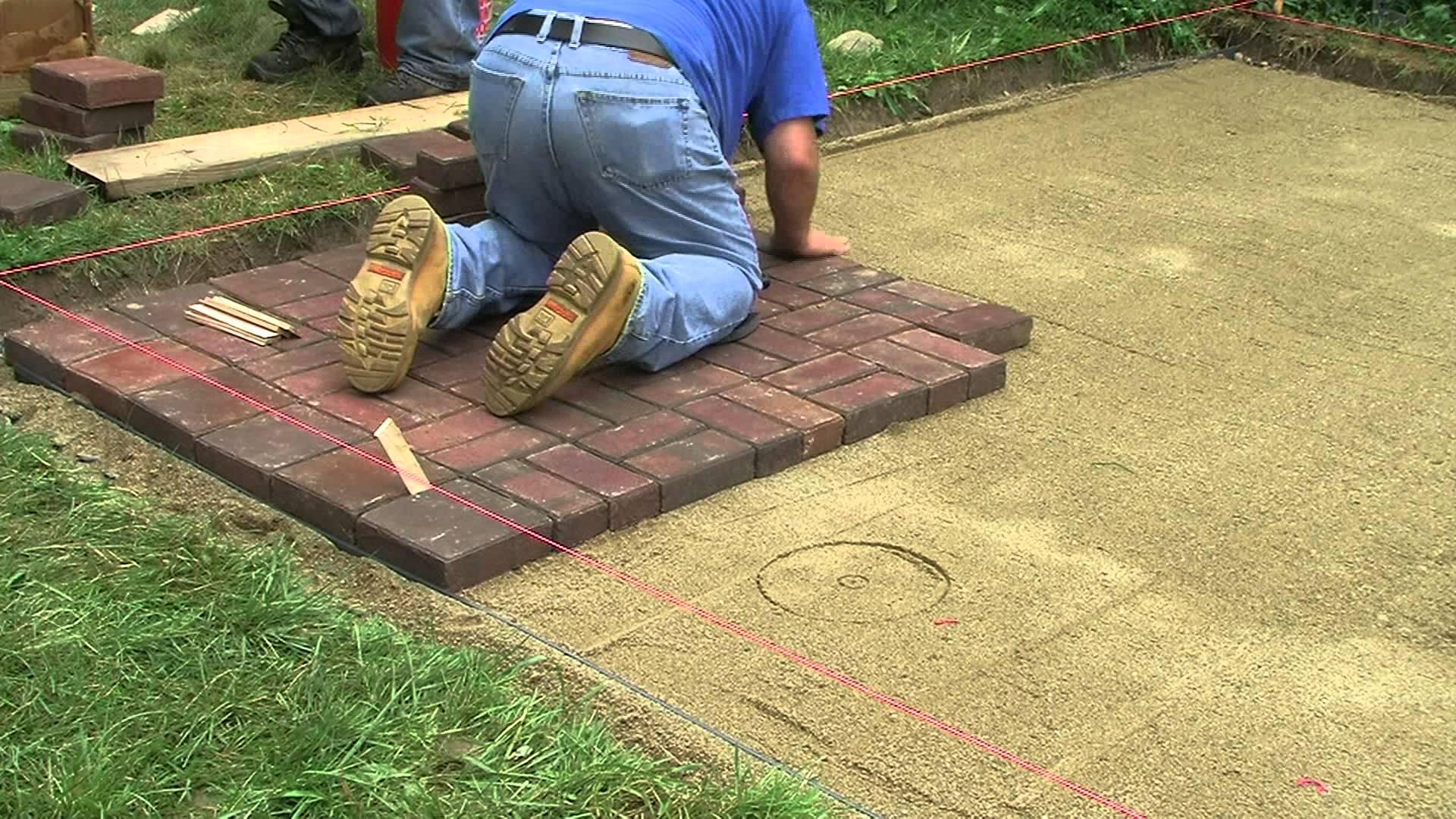 Как уложить тротуарную плитку на даче: технология - бюджетные